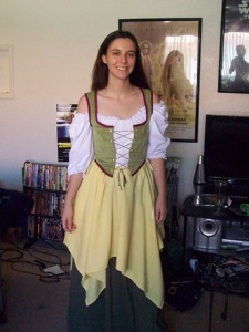 Female hobbit cosplay
