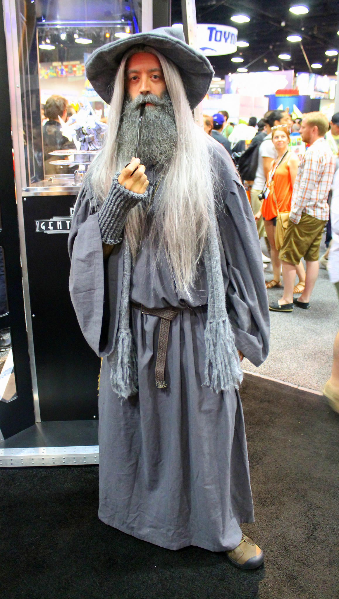 Gandalf Cosplay Costume https://www.flickr.com/photos/lorenjavier/11827499813